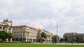 Het Hongaarse Regeringskantoor - Boedapest, Hongarije stock foto's