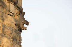 Het hoofd van de steenleeuw, die de muren van het paleis verfraaien Royalty-vrije Stock Afbeelding