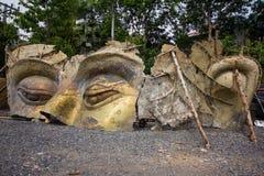 Het Hoofd van ruïneboedha in Thaise tempel Stock Afbeeldingen