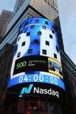 Het hoofdkwartier van de Beurs van NASDAQ, tweede - grootste handelmarkt in de wereld in Times Square stock foto