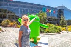 Het hoofdkwartier van Google van het toeristenbezoek Stock Afbeeldingen