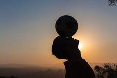 Het Hoofdsilhouet van de tienervoetbal Royalty-vrije Stock Foto's