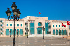 Het hoofdvierkant van Tunis. Toeristische attractieoriëntatiepunt met monumenten Royalty-vrije Stock Afbeeldingen