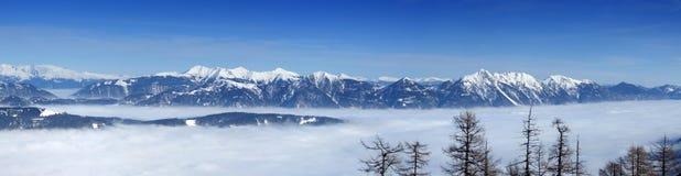 Het hoogste panorama van bergen royalty-vrije stock afbeelding
