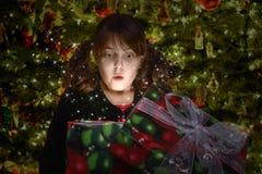 Het Hoogtepunt van de Gift van Kerstmis van Verrassing Stock Foto
