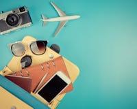 Het hoogtepunt van de vrouwenhandtas van vakantietoebehoren stock fotografie