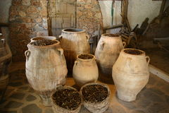 Het hoogtepunt van potten van olijven Royalty-vrije Stock Afbeelding