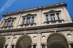 Het hooi brengt onder. Macerata. Marche. Stock Foto's