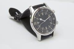 Het horloge van de de luxeduiker van mensen met synthetische die riem op wit wordt geïsoleerd Royalty-vrije Stock Fotografie