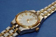 Het horloge van vrouwen stock afbeeldingen