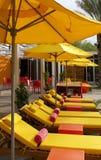 Het Hotel dat van de toevlucht en Pool zwemt waadt Royalty-vrije Stock Afbeeldingen