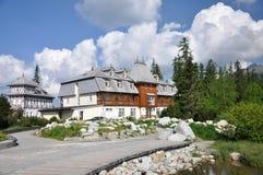 Het hotel van de luxe dichtbij pleso Strbske Royalty-vrije Stock Fotografie