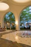 Het hotel van de luxe in tropische setti Royalty-vrije Stock Foto