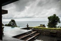 Het hotel van de vakantietoevlucht, oceaanmening Stock Fotografie