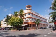 Het Hotel van Waldorftorens op Oceaanaandrijving in het Strand van Miami royalty-vrije stock afbeeldingen