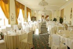 Het hotelrestaurant in Hoge Tatras stock foto