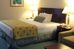 Het hotelruimte van Upscale Royalty-vrije Stock Afbeelding