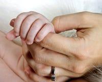 Het houden van een vinger Royalty-vrije Stock Foto