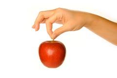 Het houden van rode appel Stock Afbeeldingen