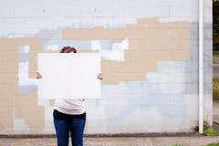 Het houden van Wit Teken royalty-vrije stock foto's