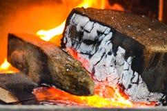Het houten branden op brand Stock Afbeelding