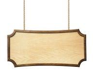 Het houten die teken hangen op kabels op wit worden geïsoleerd Stock Afbeeldingen