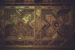 Het houten met panelen bekleden behandeld met bladgoud Royalty-vrije Stock Afbeeldingen