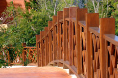 Het houten Traliewerk van de Omheining over Brug royalty-vrije stock foto