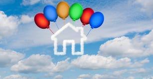 Het huis in de hemel van wolken wordt - het 3d teruggeven gemaakt die Royalty-vrije Stock Afbeelding