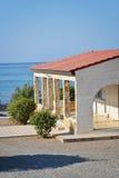 Het huis op overzees strand Stock Afbeeldingen