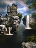 Het huis over waterval Stock Foto's