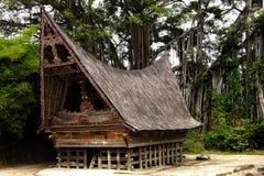 Het huis van Batak in Sumatra stock afbeeldingen