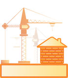 Het huis van de baksteen en bouwkraan Stock Fotografie