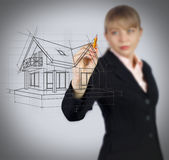 Het huis van de bedrijfsvrouwentekening op het scherm Royalty-vrije Stock Foto's