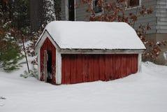 Het Huis van de Hond van de winter Royalty-vrije Stock Foto