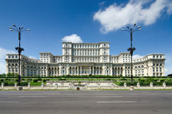 Het Huis van de Mensen van Boekarest in juni 2012 Royalty-vrije Stock Fotografie