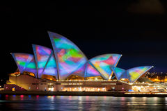 Het Huis van de Opera van Sydney, licht toont Stock Fotografie