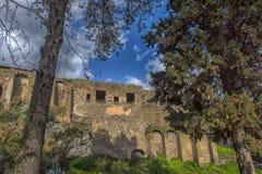 Het huis van de oude Roman ruïnes, een deel van de Unesco-Plaatsen van de Werelderfenis Het wordt gevestigd dichtbij Napels stock afbeelding