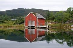 Het huis van de oude visser, Noorwegen royalty-vrije stock afbeelding