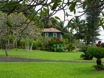 Het huis van de plattelandshuisjestijl in Maui Hawaï Stock Foto's