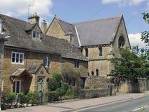 Het huis van de steenbaksteen in Burton op het Water Royalty-vrije Stock Fotografie
