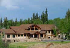 Het Huis van de waterkant in Alaska Stock Fotografie