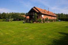 Het huis van de zomer stock fotografie