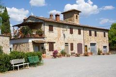 Het huis van het dorp in Toscanië Stock Foto's