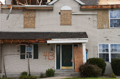 Het Huis van het Huis van Damge van het Onweer van de tornado dat door Wind wordt vernietigd Royalty-vrije Stock Foto's