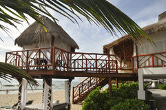 Het Huis van het strand op het zand Stock Foto