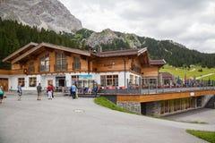 Het Huis van restauranttirol in Ehrwald Stock Foto