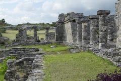 Het Huis van Tulum van het Terras van het Oosten van Kolommen royalty-vrije stock afbeelding