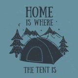 Het huis is waar de tent hand-drawn het kamperen ontwerp is Stock Afbeelding