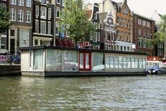 Het huisboot van Amsterdam Stock Afbeelding